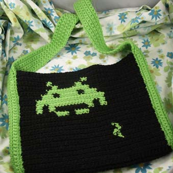 Crocheting Games : CraftNerd has posted some crochet video game tote bags in her Etsy ...