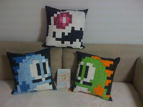 Bubble Bobble Quilted Pillows