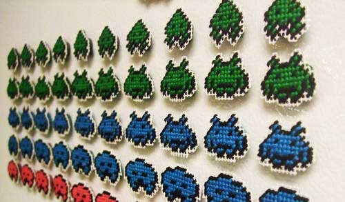 Space Invaders Needlepoint Magnets 01