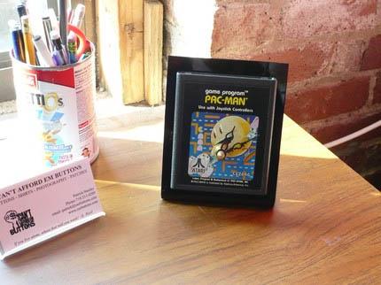 Pacman Atari Clock