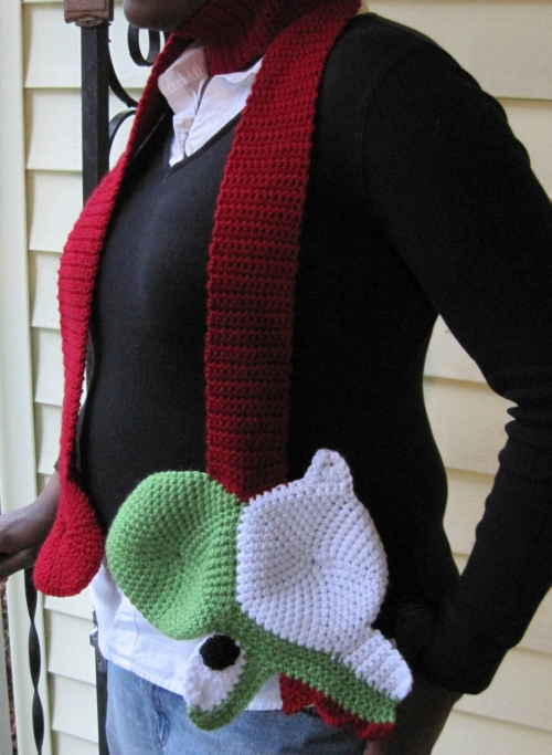 Knitting Pattern Yoshi : Yoshi and Chain Chomp Scarves Sprite Stitch