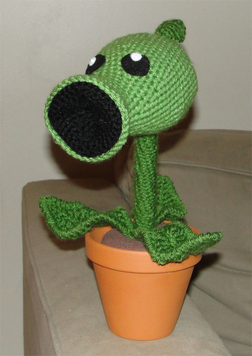Crochet Plants Vs Zombies Patterns : Plant vs. Zombies Crochet Sprite Stitch