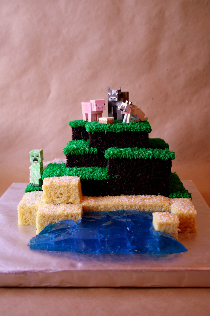 Monecraft Birthday Cake