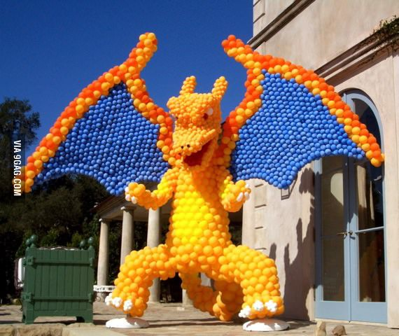 Amazing Balloon Art Charizard