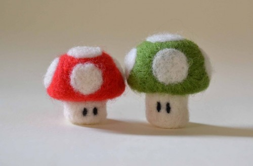 super_mario_mushrooms_keychains_by_thedarklittlebunny-d7ep7mt