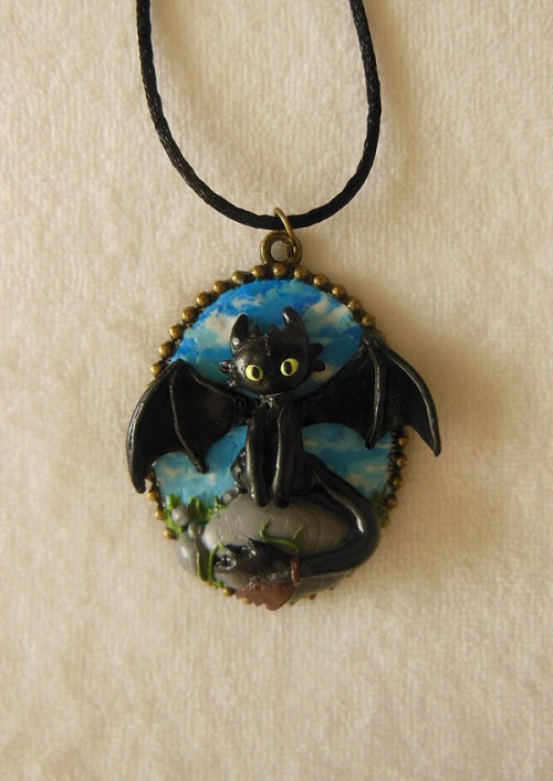 httyd_toothless_cameo_by_littlebreeze-d6mn3a3