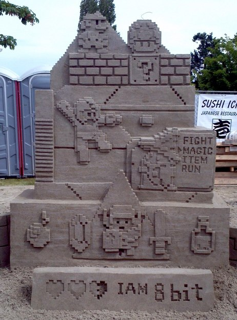 I-Am-8-Bit-Video-Game-Sand-Sculpture