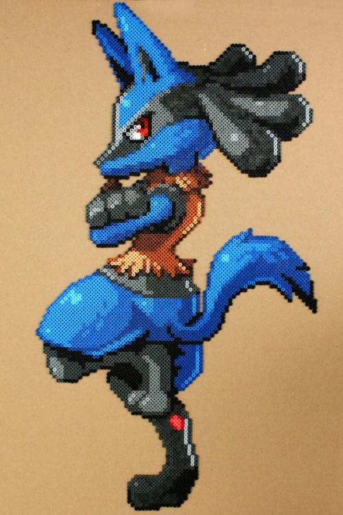 pokemon___lucario_perler_hama_bead_sprite_by_strepie93-d8t8ikf