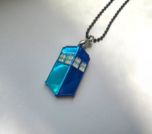 Mini TARDIS by Miyuka